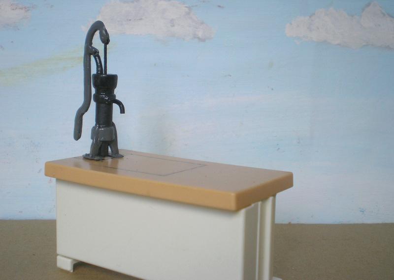 Ranch Ponderosa mit Plastik-Möbeln in der Figurengröße 9 cm 024d5b10