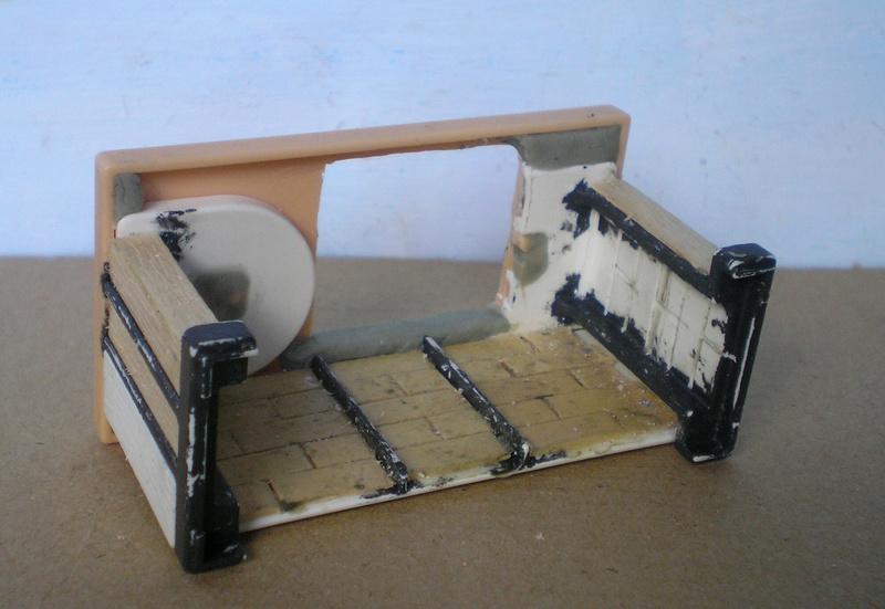 Ranch Ponderosa mit Plastik-Möbeln in der Figurengröße 9 cm - Seite 2 024e4a10