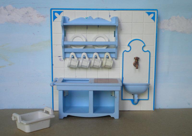 Möbel, Geschirr und ähnliche Kleinteile zur Figurengröße 7 cm - Seite 2 Pm_53210