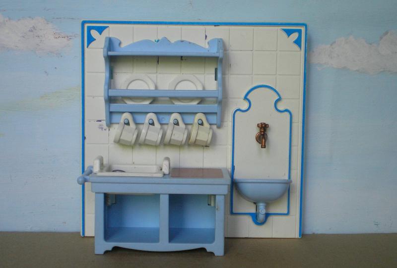 Möbel, Geschirr und ähnliche Kleinteile zur Figurengröße 7 cm - Seite 2 Pm_53211