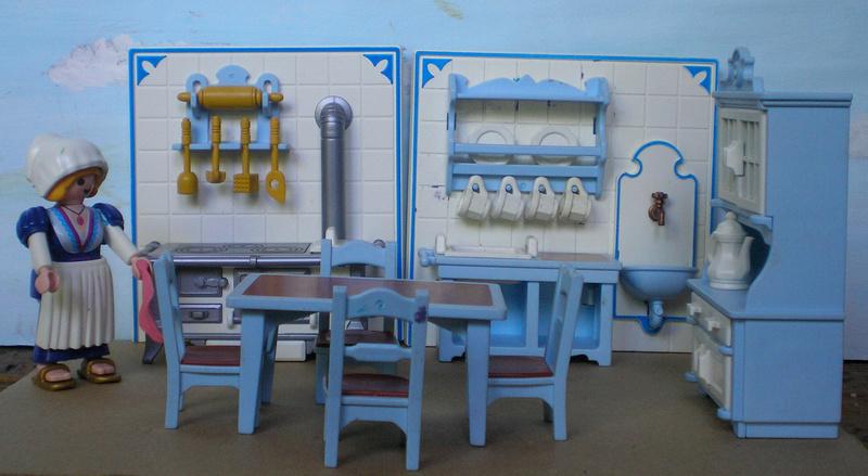 Möbel, Geschirr und ähnliche Kleinteile zur Figurengröße 7 cm - Seite 2 Pm_53214