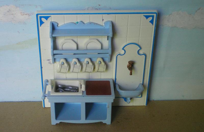 Möbel, Geschirr und ähnliche Kleinteile zur Figurengröße 7 cm - Seite 2 Pm_53216
