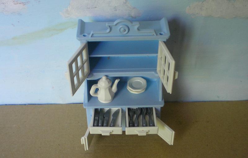 Möbel, Geschirr und ähnliche Kleinteile zur Figurengröße 7 cm - Seite 2 Pm_53217
