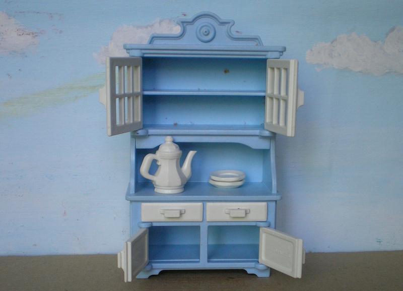 Möbel, Geschirr und ähnliche Kleinteile zur Figurengröße 7 cm - Seite 2 Pm_53218