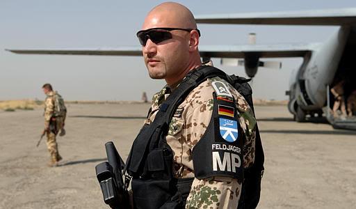 German Army MP feldjager jacket D5f36b10
