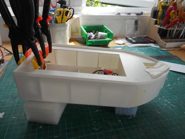 New Build - lake tour boat Dscn0617