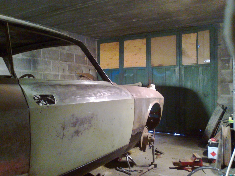 début restauration coupe bertone 1750 - Page 2 Photo018