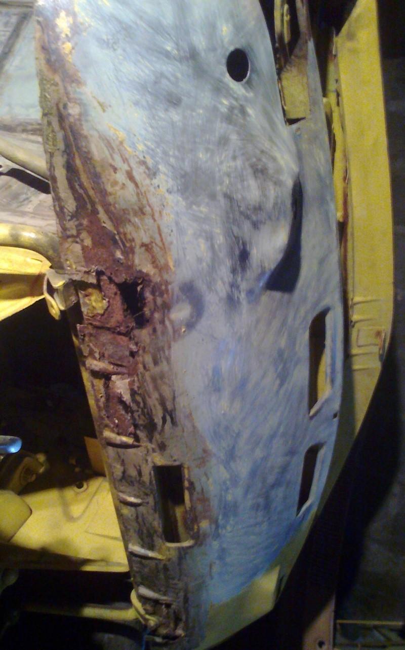 début restauration coupe bertone 1750 - Page 2 Photo025