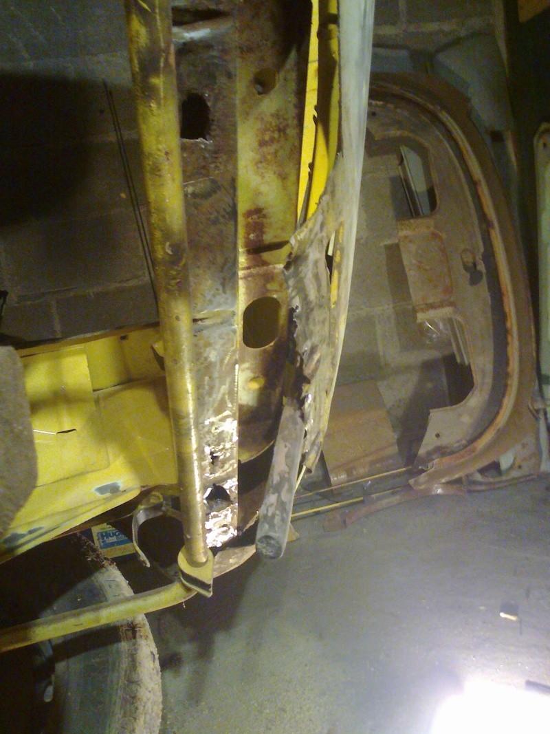 début restauration coupe bertone 1750 - Page 2 Photo028