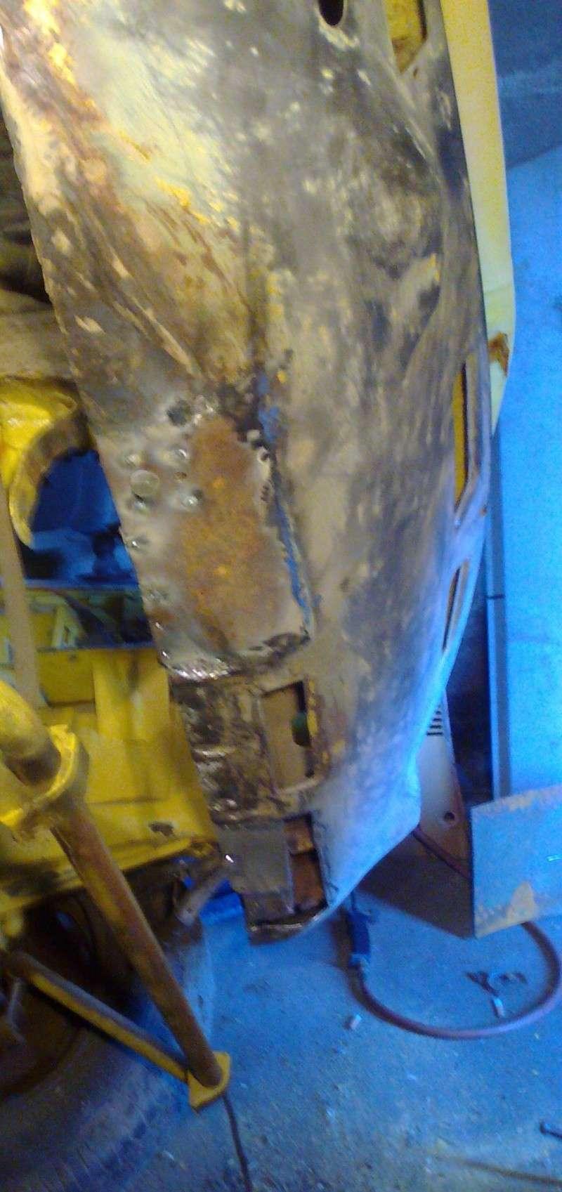 début restauration coupe bertone 1750 - Page 2 Photo034