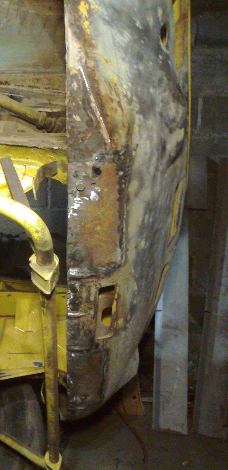 début restauration coupe bertone 1750 - Page 2 Photo035