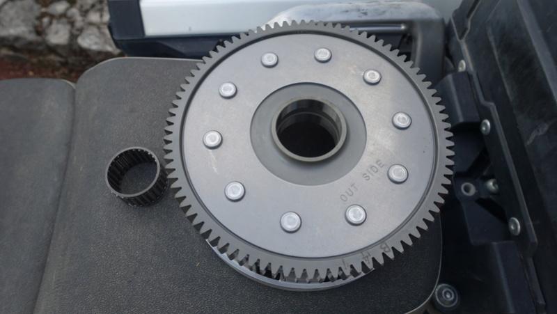 XTZ 1200 Cloche d'embrayage à ressort cassée Dsc06414