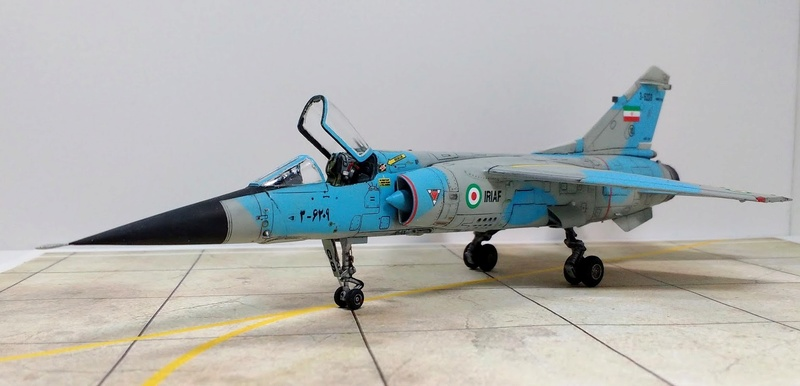 Mirage F1EQ Iranian AF [Special Hobby + Berna décals 1/72] Img_2030