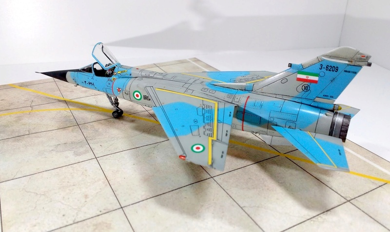 Mirage F1EQ Iranian AF [Special Hobby + Berna décals 1/72] Img_2033