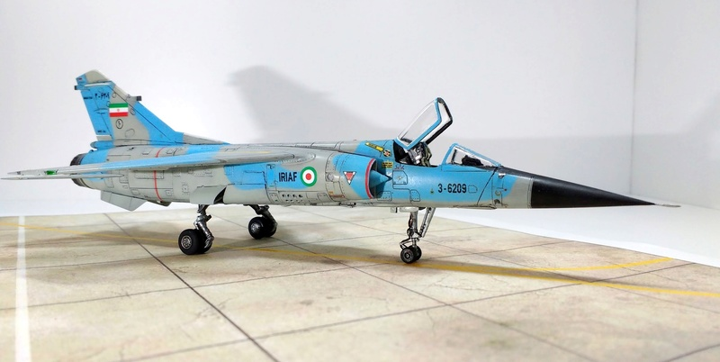 Mirage F1EQ Iranian AF [Special Hobby + Berna décals 1/72] Img_2038
