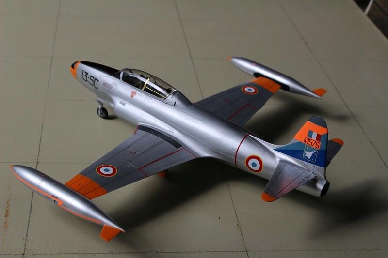 LOCKHEED  T-33 A AA de Spécial Hobby. Lockhe33
