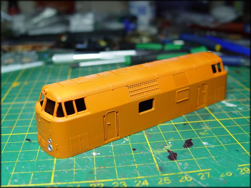 Baureihe 115 H0 - Eine Fiktion Dsc04018
