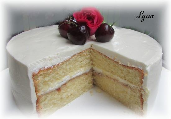 Gâteau à la vanille, glaçage crème au beurre à la meringue italienne Gateau11