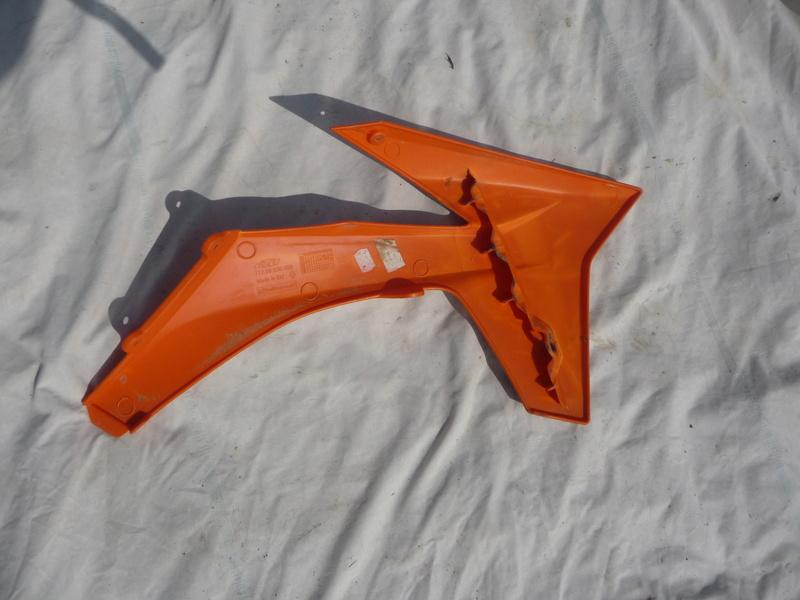 plastiques ktm  P1070014