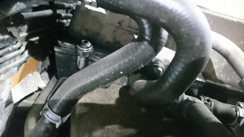 Collecteur d'admission gras moteur 2,5l Dsc_0024