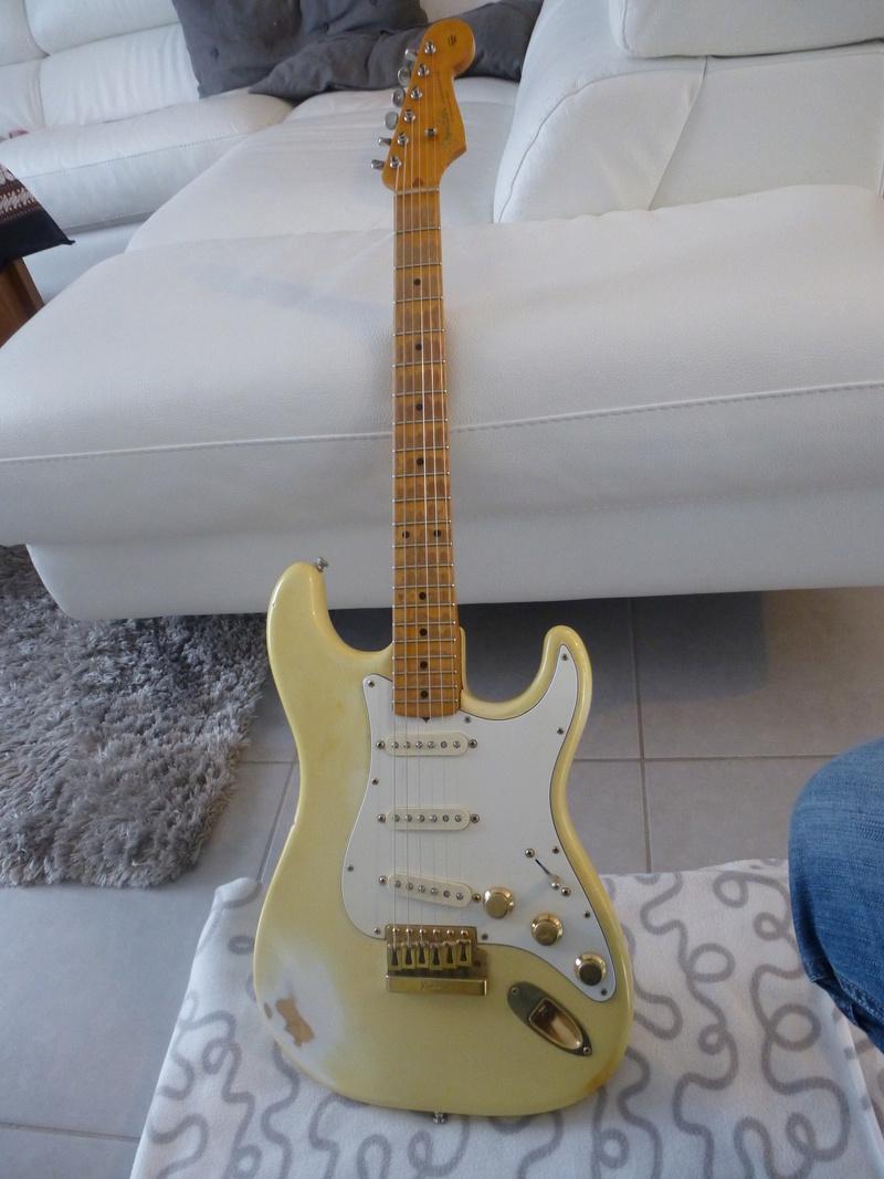 Les photos de vos guitares & Co... - Page 5 P1030410