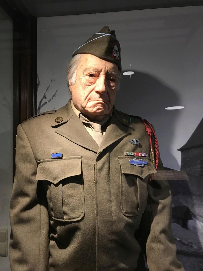 """101st Airborne Museum dit """" Le Mess ( Bastogne / Belgique ) Img_0911"""