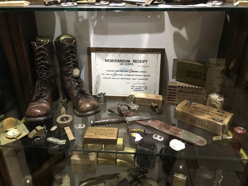 """101st Airborne Museum dit """" Le Mess ( Bastogne / Belgique ) Img_1011"""