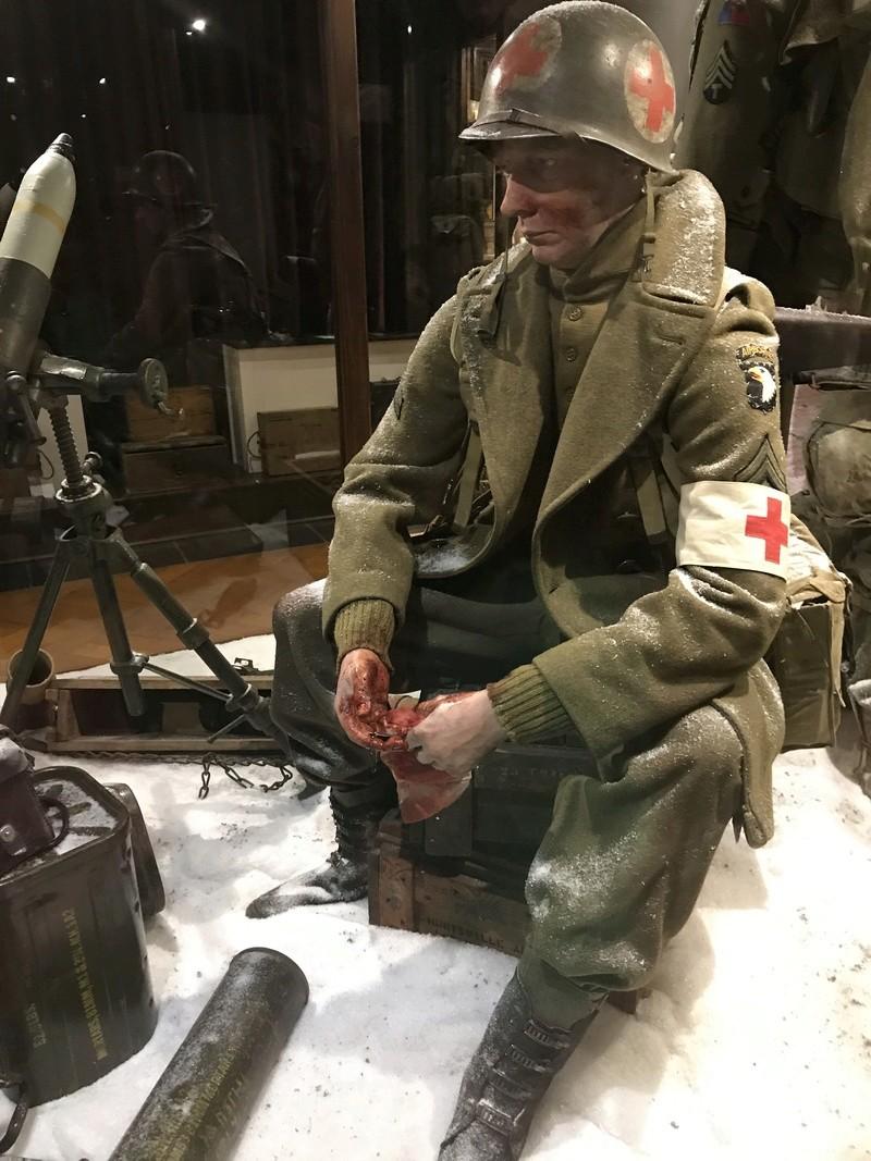 """101st Airborne Museum dit """" Le Mess ( Bastogne / Belgique ) Img_1024"""