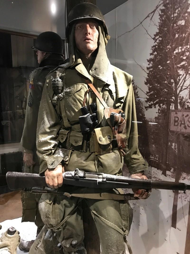 """101st Airborne Museum dit """" Le Mess ( Bastogne / Belgique ) Img_1112"""