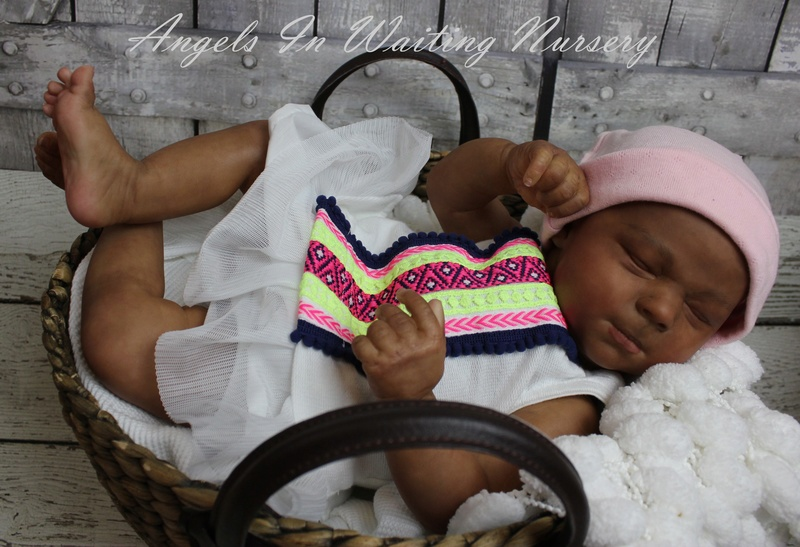 Here are some quick pics of my AA COCO  baby from the New Class Img_8886