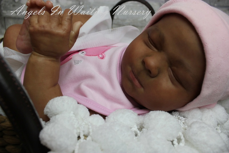 Here are some quick pics of my AA COCO  baby from the New Class Img_8887