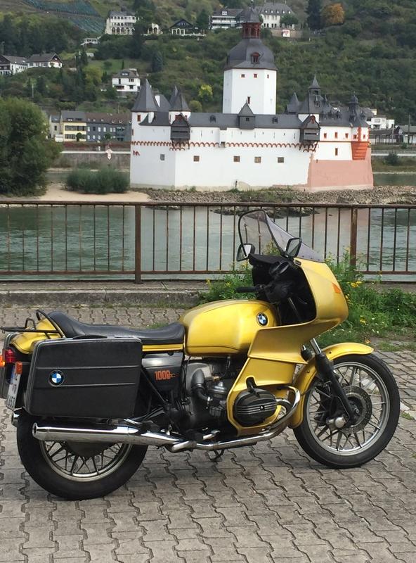 Photos de vous et de votre moto devant ....un château  - Page 15 Img_2313