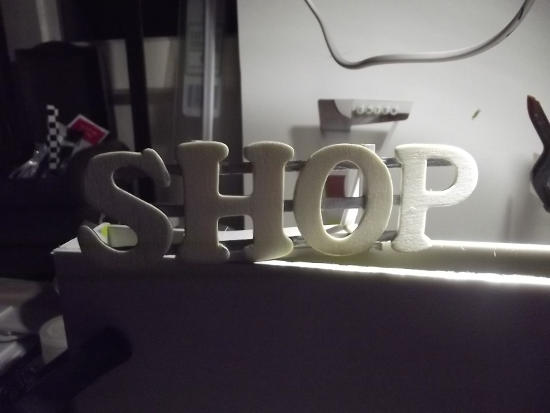 shop and showroom 00711