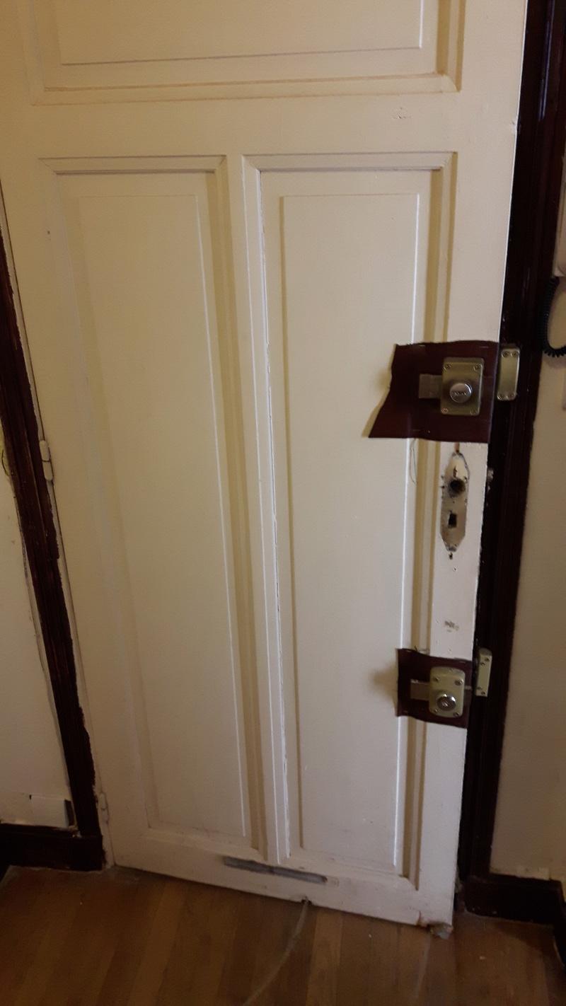 Renforcement d 39 une porte en ch ne d 39 appartement - Portes palieres appartements ...