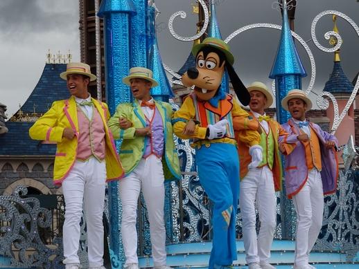 Vos photos avec les Personnages Disney - Page 2 Dsc00726