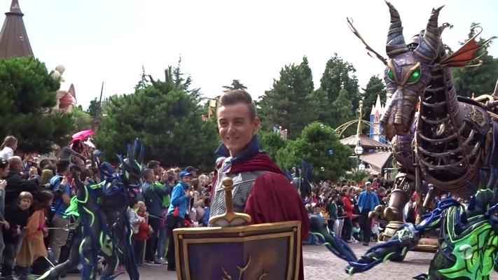 Vos photos avec les Personnages Disney - Page 2 Sans_t23