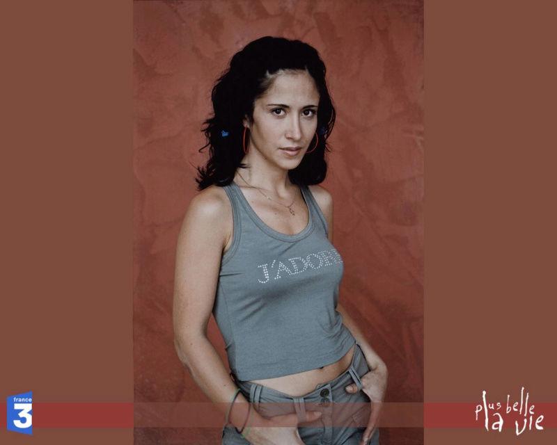 Samia Nassri (par Fabienne Carat) Sans-t11