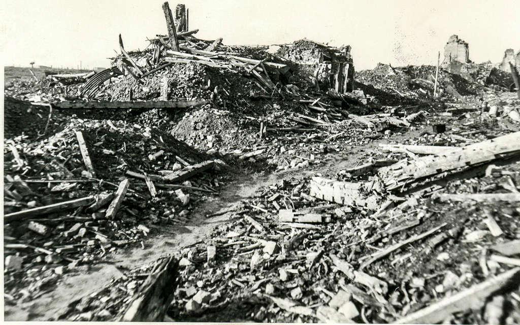 [Commémoration du Centenaire de la Première Guerre -Mondiale] - Page 3 Gentst10