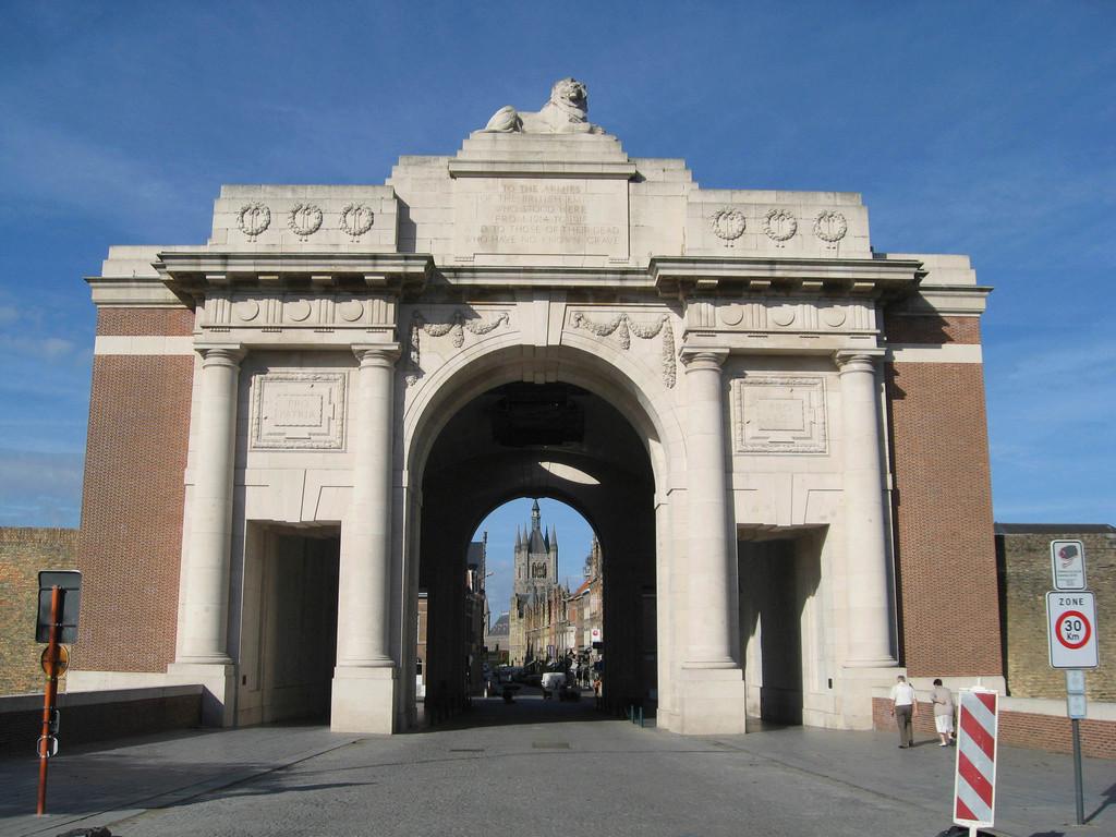 [Commémoration du Centenaire de la Première Guerre -Mondiale] - Page 3 Img_0410
