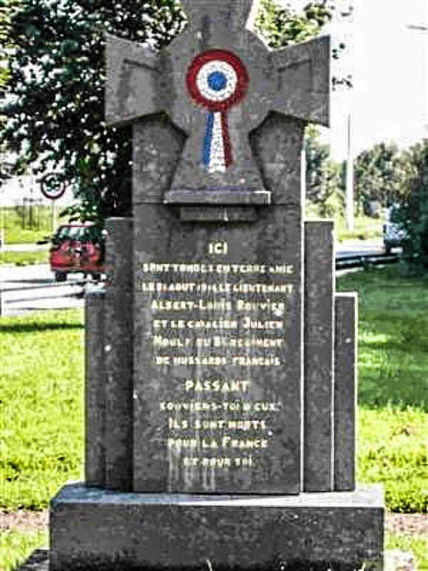 40 000 monuments pour 1 350 000 morts pendant la guerre de 14-18 [sujet collaboratif : on a besoin de vous !] - Page 4 Monume15