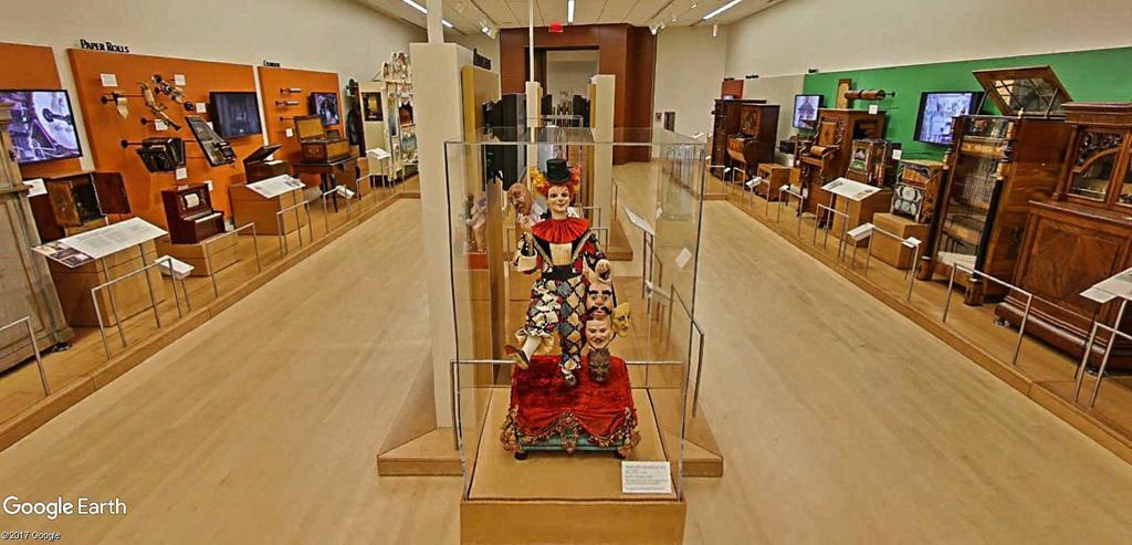 Le plus grand musée d'instruments de musique au monde ( Musical Instrument Museum) à Phoenix en Arizona aux USA. Musye_12