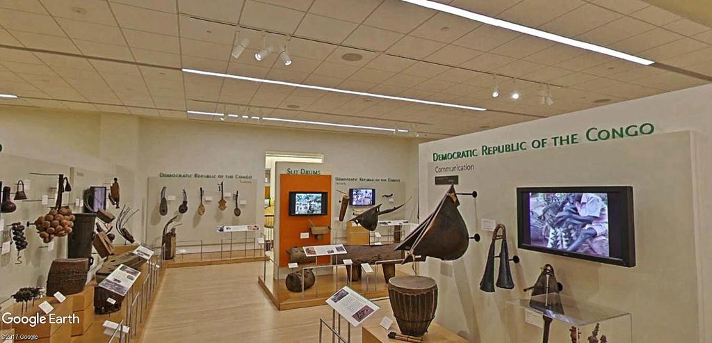 Le plus grand musée d'instruments de musique au monde ( Musical Instrument Museum) à Phoenix en Arizona aux USA. Musye_19