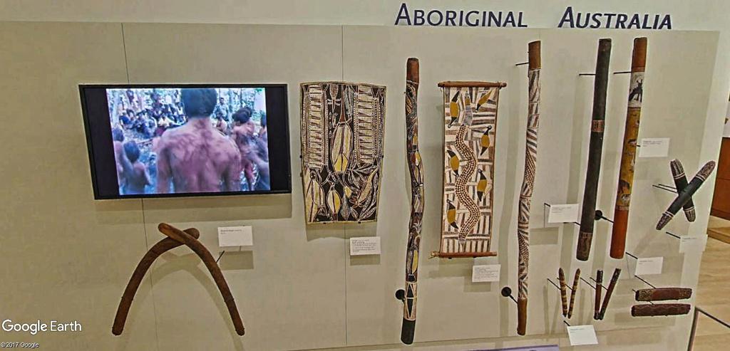 Le plus grand musée d'instruments de musique au monde ( Musical Instrument Museum) à Phoenix en Arizona aux USA. Musye_29
