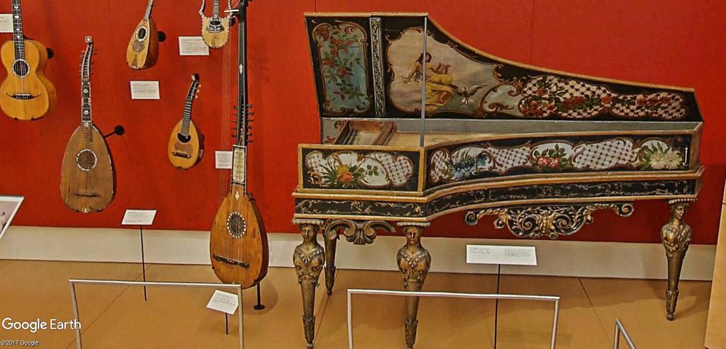 Le plus grand musée d'instruments de musique au monde ( Musical Instrument Museum) à Phoenix en Arizona aux USA. Musye_30