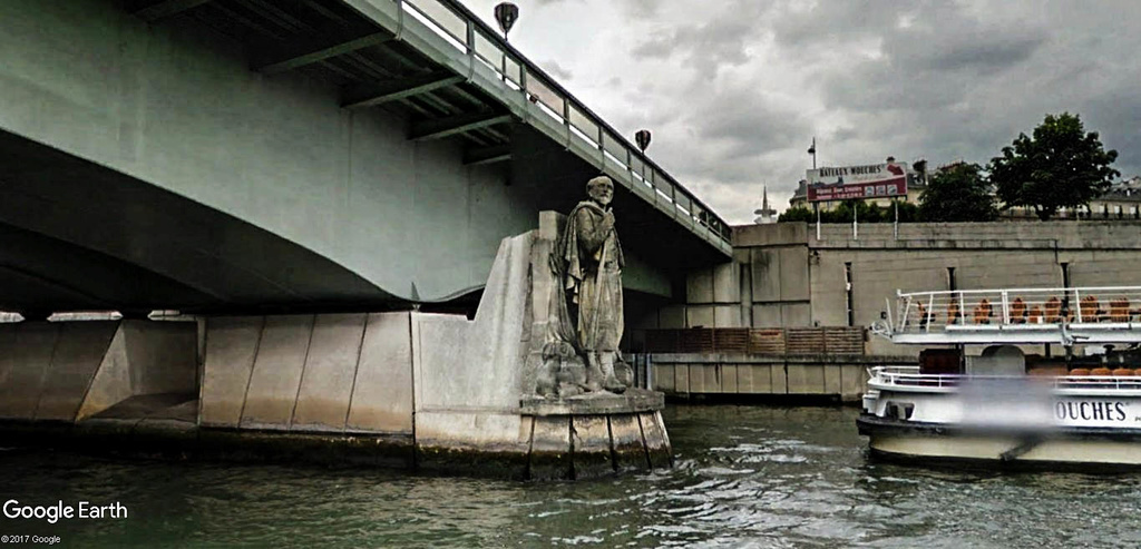 Street View : Sous les ponts de Paris. Pont_d12
