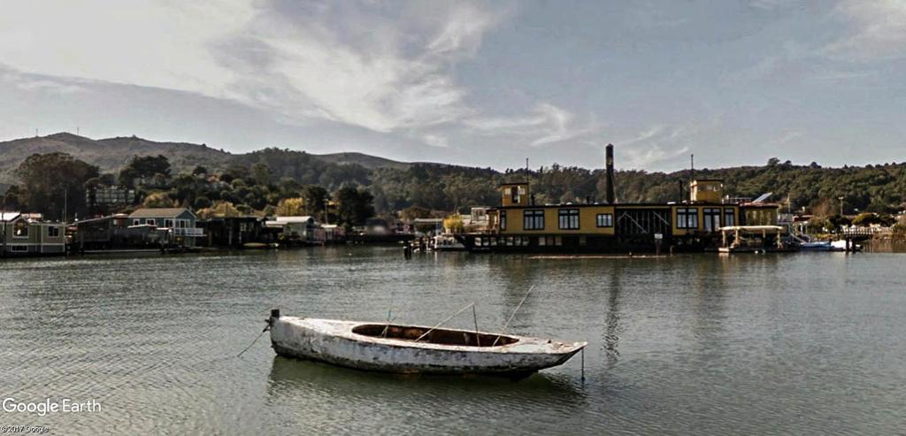Les Houseboats à Sausalito en Californie aux États-Unis. Sausal12