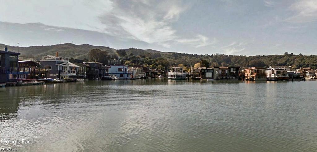 Les Houseboats à Sausalito en Californie aux États-Unis. Sausal13