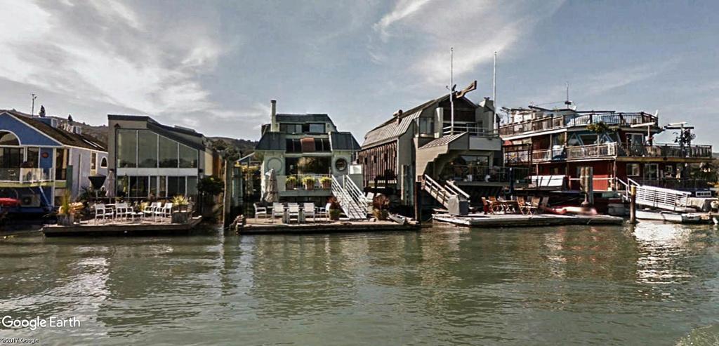 Les Houseboats à Sausalito en Californie aux États-Unis. Sausal14