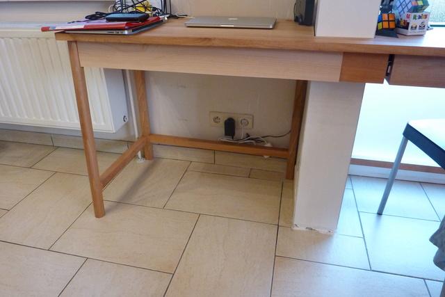 Ensemble bureau/meuble bas/bibliothèque - Page 4 109fac11