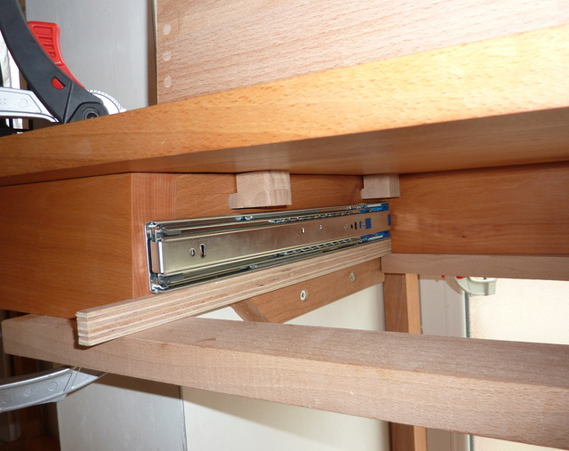 Ensemble bureau/meuble bas/bibliothèque - Page 4 96glis10